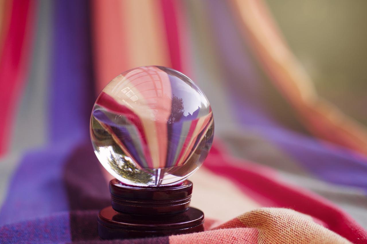 Crystal ball Image by Esi Grünhagen from Pixabay